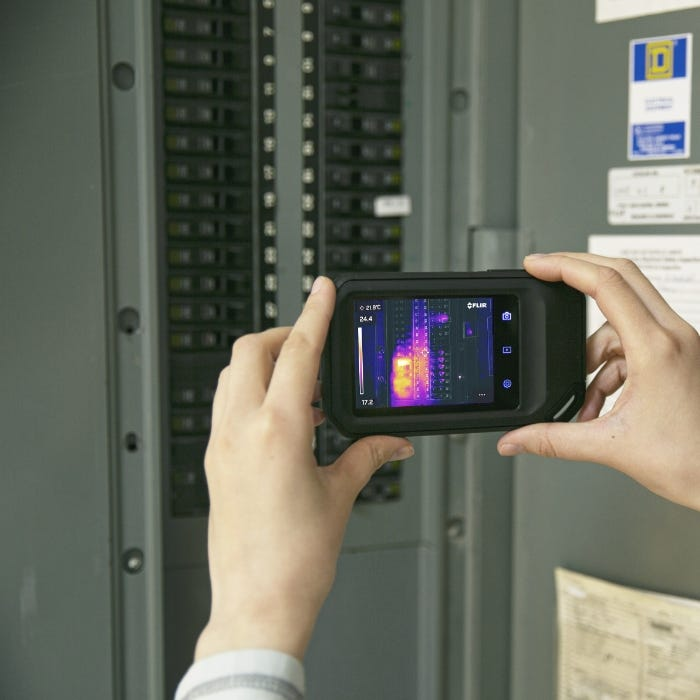 FLIR C5 Compact Thermal Camera In Use