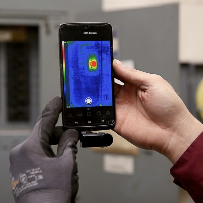 Seek Thermal Compact Thermal Camera In Use 1